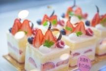 横浜市,横浜駅のスーパー・百貨店販売の短期アルバイト【日払い】の写真