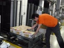 堺市,石津川駅の発送・仕分け・梱包の短期アルバイト【高校生歓迎】の写真