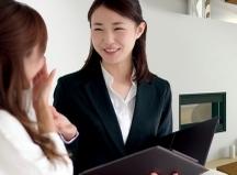 久喜市,久喜駅の受付スタッフの短期アルバイト【WワークOK】の写真